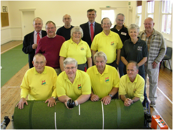join-the-thousands-who-enjoy-playing-bowls